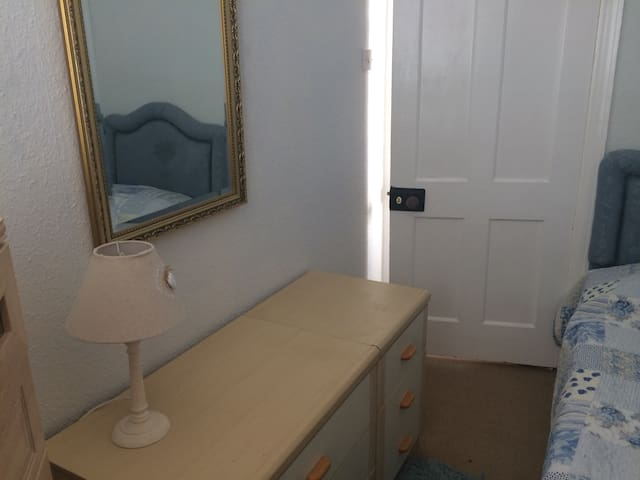 Small room in Torquay.