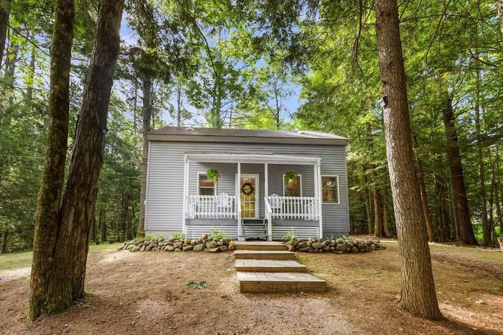 Pet Friendly Modern Cottage w/ Lake Access