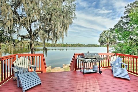 Ocklawaha House on Lake Fay w/Pool Table & Hot Tub