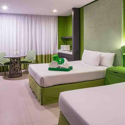 Boracay Beachfront Modern and Cozy Room for Stn. 1