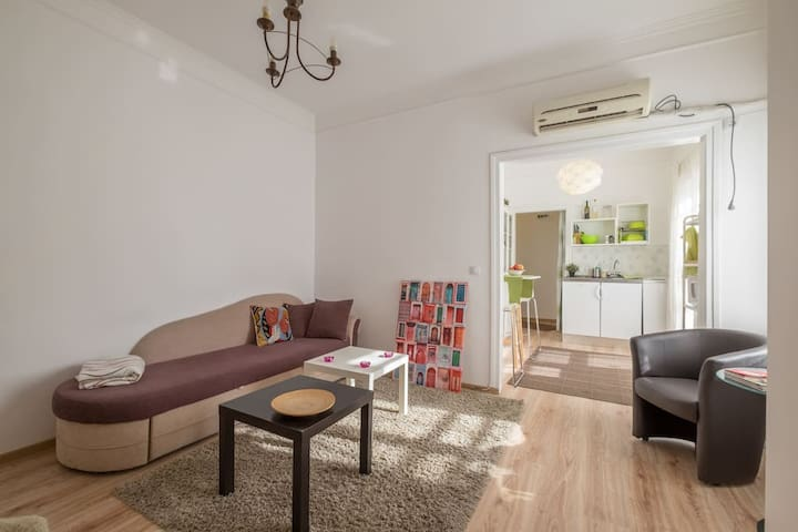 Cat's Cradle – Cozy Flat in the Heart of Sofia