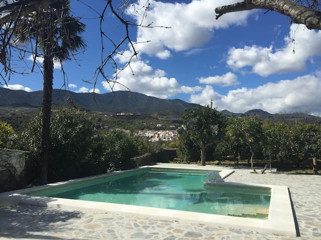Paradisiac retreat in Lecrin Valley - Granada - Huis