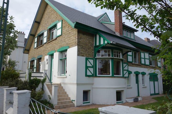 Villa Ali Baba à La Panne. Quartier Dumont