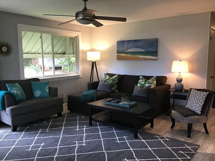 Walk to Paia Town 3 Bed/1Bath with A/C