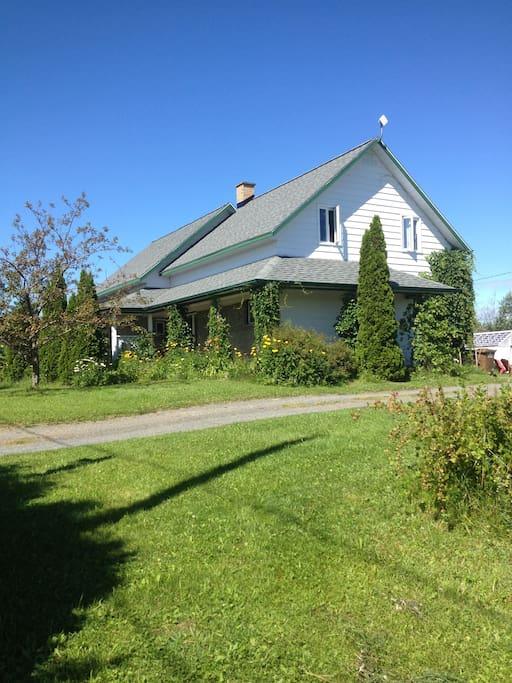 Maison la ferme houses for rent in rimouski quebec canada - Canada maison close ...