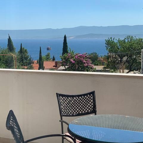 Adriatisk pärla på finaste ön Brac, Kroatien