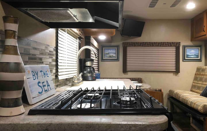 SunChaser RV Way ☀️🏖- CLOSE to beaches, OWA, Foley