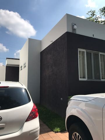 Casa En Residencial Privada con Piscina y otros