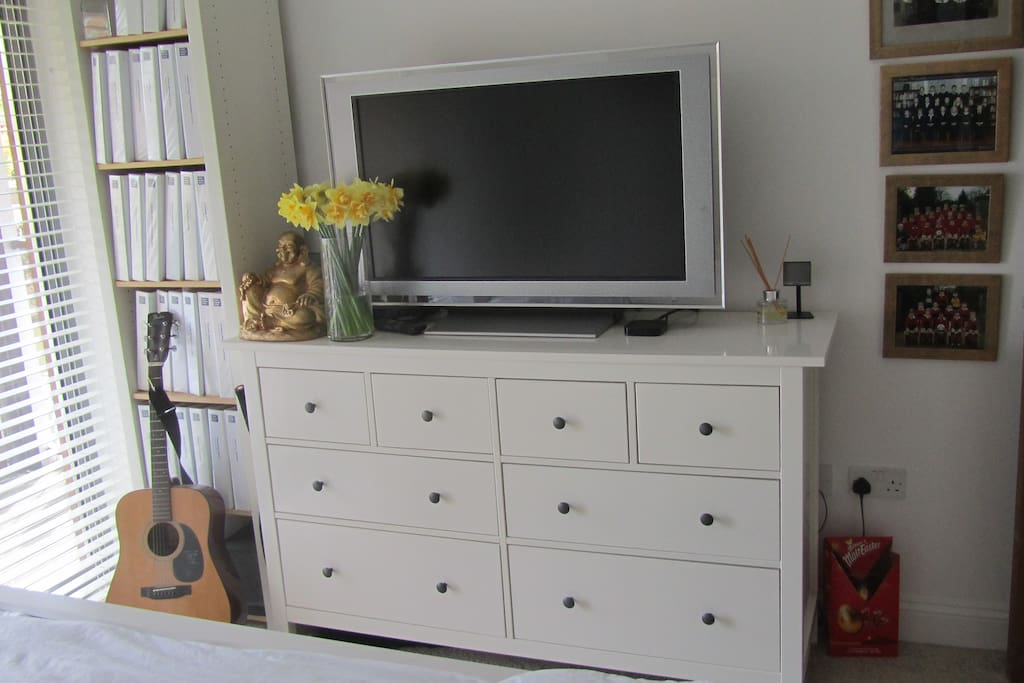 Half the drawers are available for guests. Large TV with Apple TV and bluray/DVD player