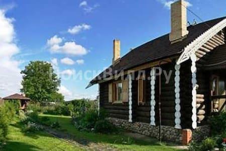 """Домик у озера """"Романовская усадьба"""" - Валдай"""