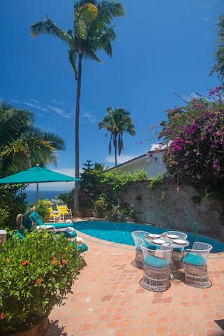 Casa Lionel 2Br w/ Private Pool and Close to beach - Puerto Vallarta - Rumah