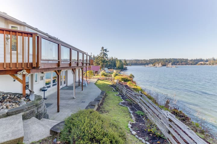 Bayfront home overlooking marina-mountain views, beach access