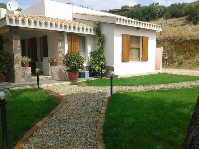 """""""La Monella"""" 900m from the sea - Solanas - Casa"""