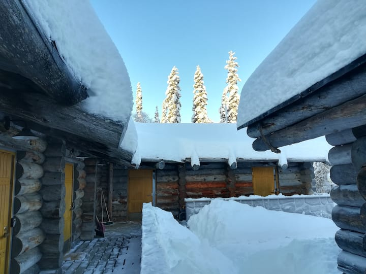 Kelo Seasons Complex with big sauna and fireplace