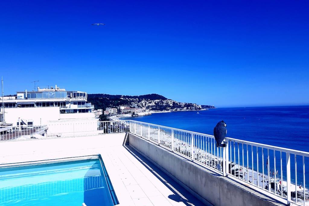 la piscine sur le toit