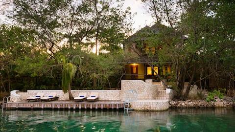 Goldeneye Two Bedroom Lagoon Villa