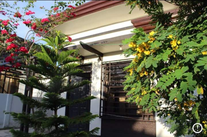 Windsor heights subdivision Fully furnished house