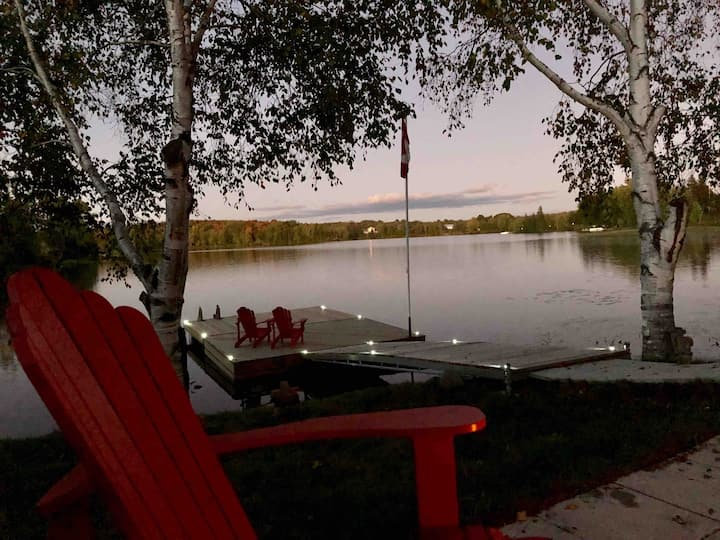 Lake Manitouwabing Lakefront Cottage