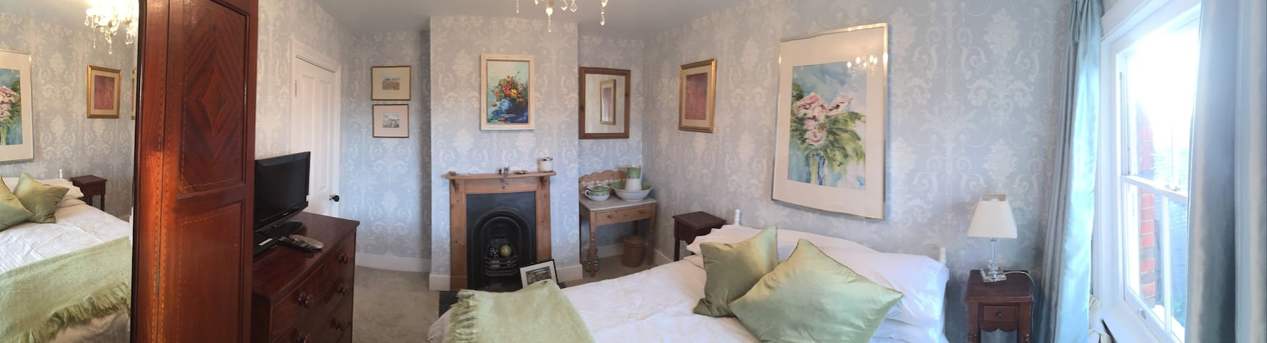 Beautiful comfortable room in best part of Farnham - Farnham - Haus