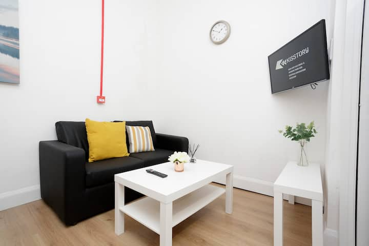 LOCATED VERY CLOSE TO CITY CENTRE AND NEAR UNI