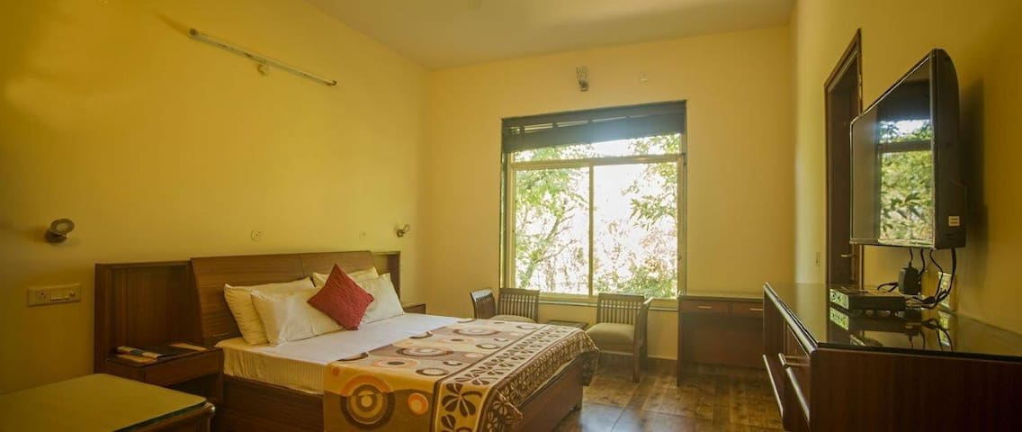 Sojourn Deluxe room for 2 - Dharamshala - Daire
