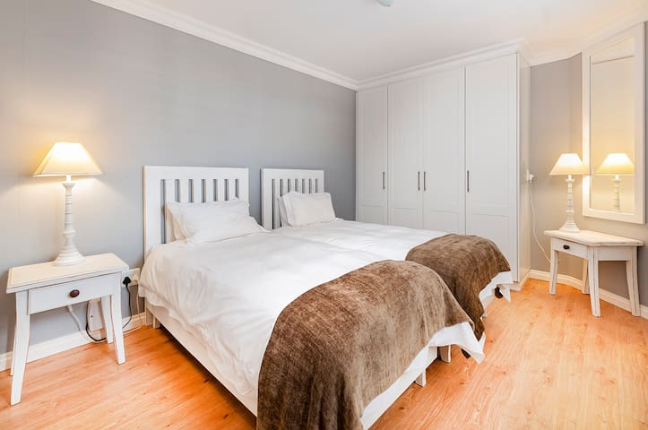 Bedroom 2 - Extra Lenght Single Beds