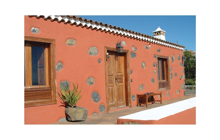 Holiday cottage with 3 bedrooms on 118 m² in Villa Mazo
