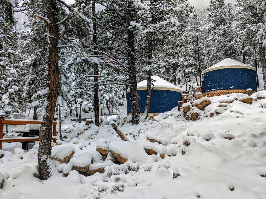 Romantic yurt getaway in the rocky 39 s dome houses for for Lawson adventure cabins
