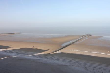 Großzügige Fewo -Nordseeblick- Strandpromenade- - Middelkerke - Daire