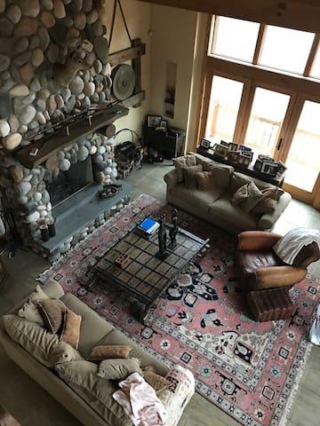 New listing!-Luxury ski home on Windham Mountain