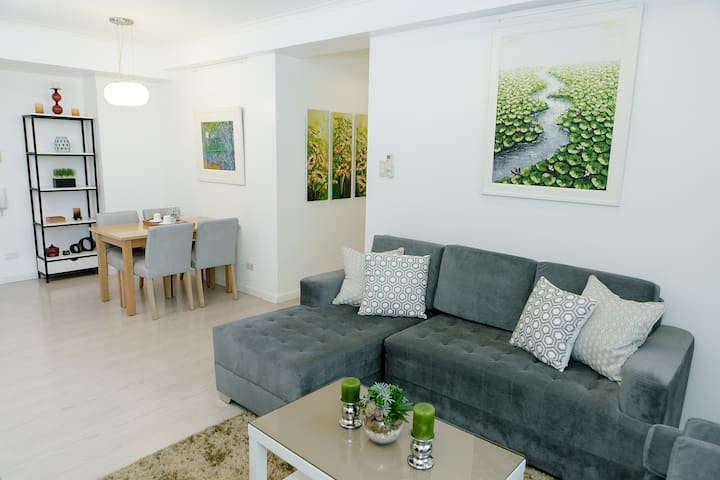 New! Bright and Fresh 2 Bedroom in Central BGC