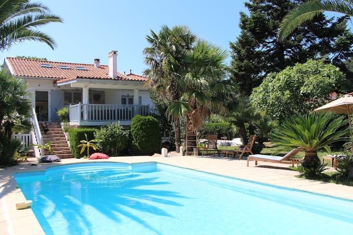 Villa Biarritz Surfing