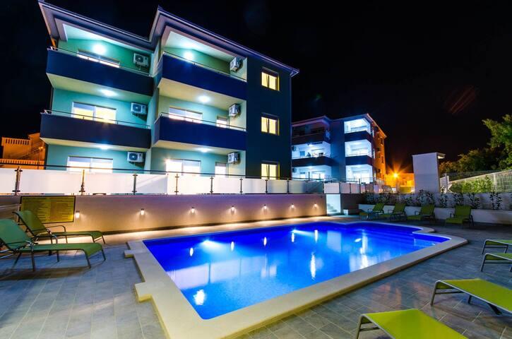 Casanova Apartment with pool