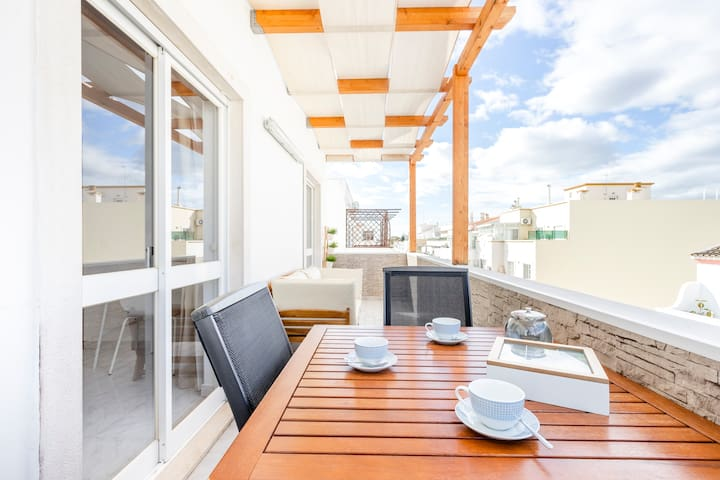 Where elegance meets peacefulness @ The Balcony City view