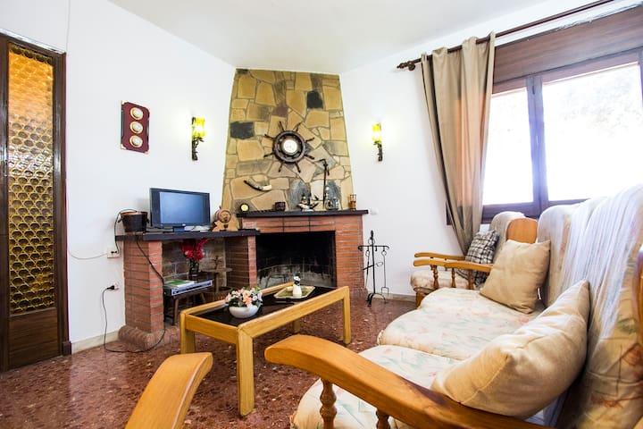 Villa rustique à Arbrells,  à seulement 25 km de Barcelone! - Barcelona Region - Villa