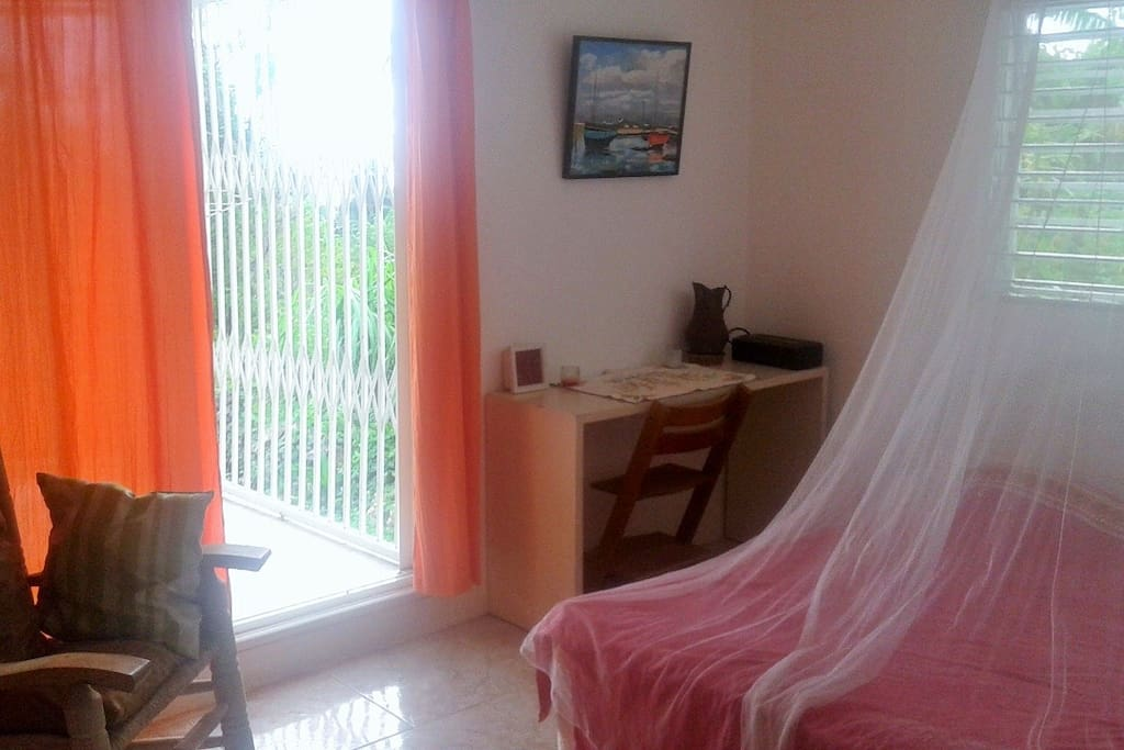 Chambre sur terrasse vue mer
