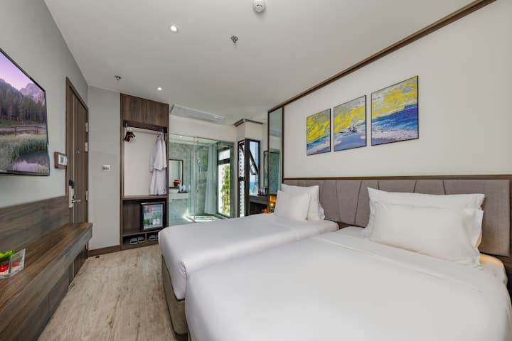 SUPERIOR TWIN/ DOUBLE  IVY HOTEL NHA TRANG