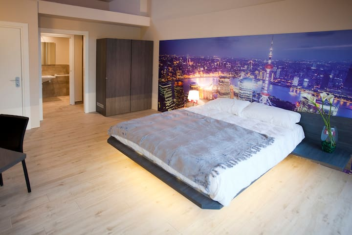 Notte a Shanghai - Milano - Bed & Breakfast