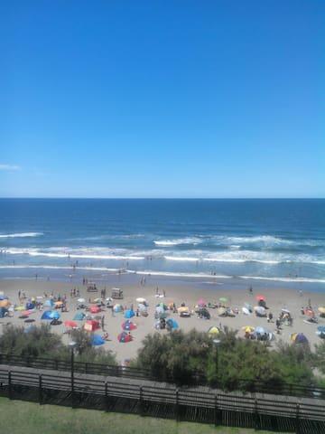 departamento frente al mar la mejor vista - Santa Teresita - Apartment