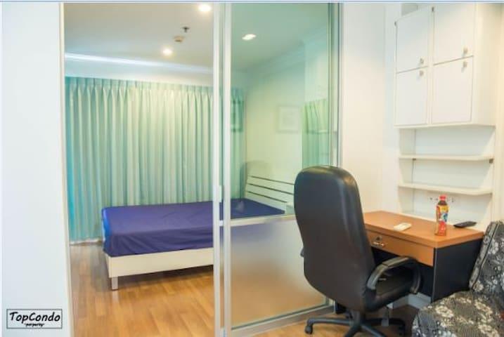 Family size room , Lumpini Riverside Rama3
