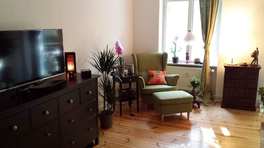 Lovely & bright 2-bedroom apartment - Berlin - Appartement