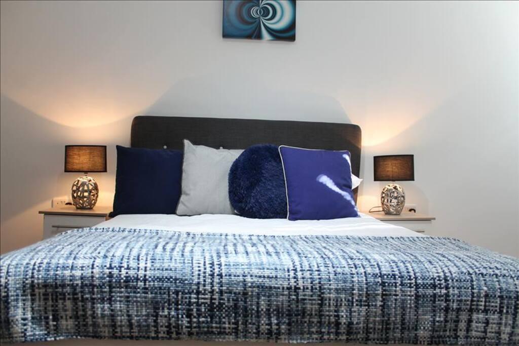 1rst double bedroom  en suite