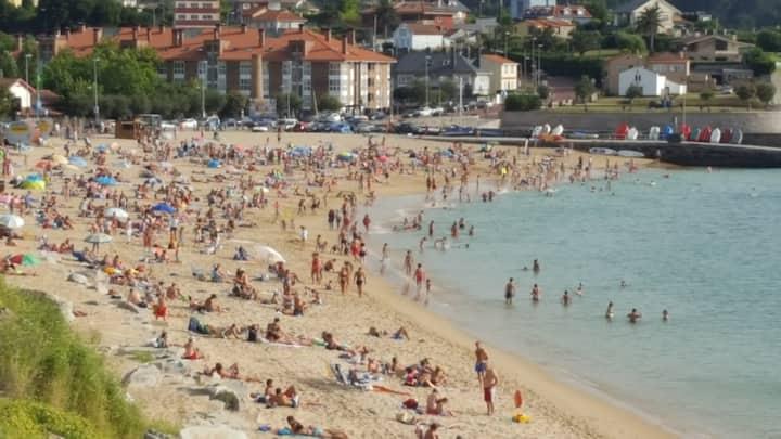Piso cerca de Coruña,en playa Mera.