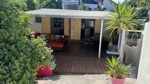Petite case créole charmante et accueillante