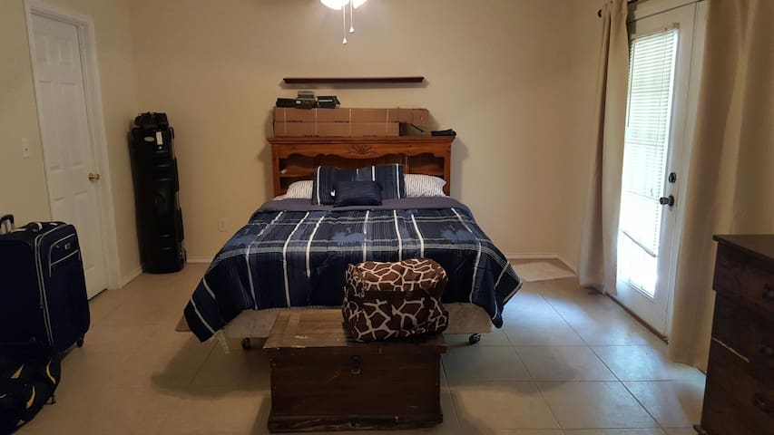 Lovely, Quiet In-law Suite - Sulphur Springs