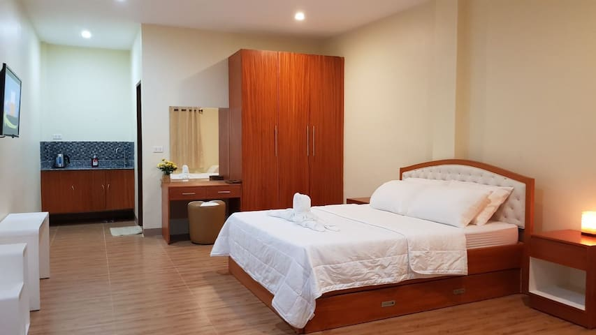 Acrige Apartelle 2-4pax Queen @ heart of Bogo City