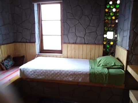 Habitación privada en casa tranquila y acogedora