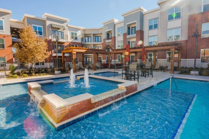 *New Fully Furnished Luxury Condo* - Plano - Apartamento