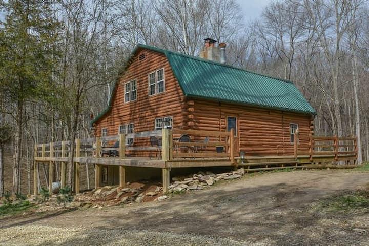 Log Home on 17 acres