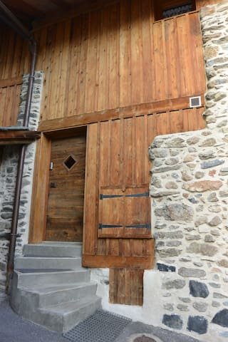 Studio bien situé et fonctionnel - Saint-Bon-Tarentaise - Lägenhet
